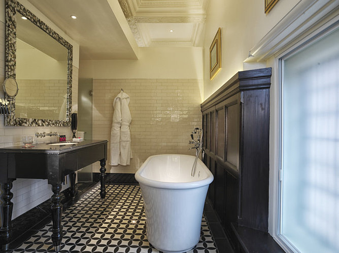 Badezimmer im Boutique Hotel Lalit in London